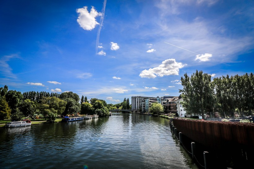 River Thames towards Reading Bridge