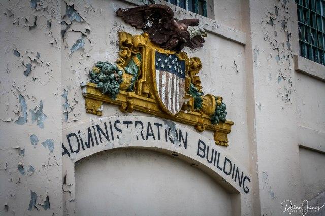 Alcatraz (4)