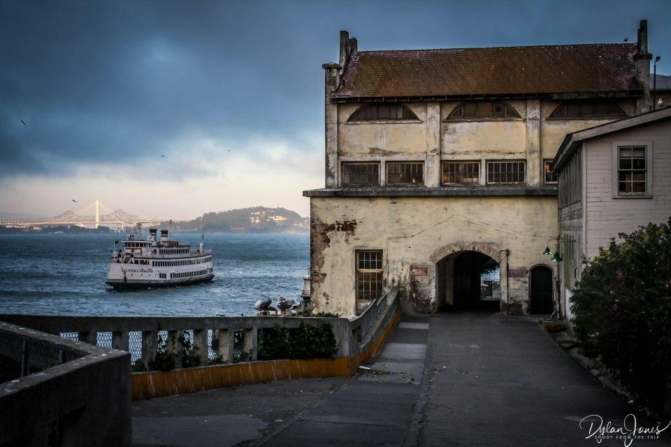 Alcatraz (5)