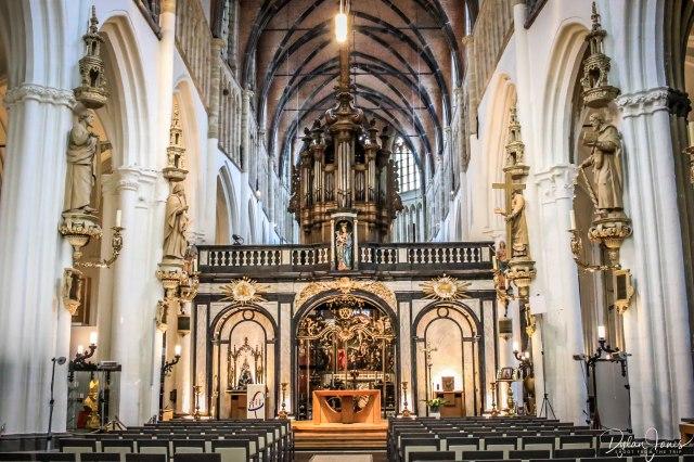 Church Lady Bruges (3)