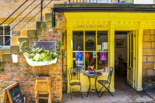 Elle Estelles Cafe Ronbin Hood's Bay