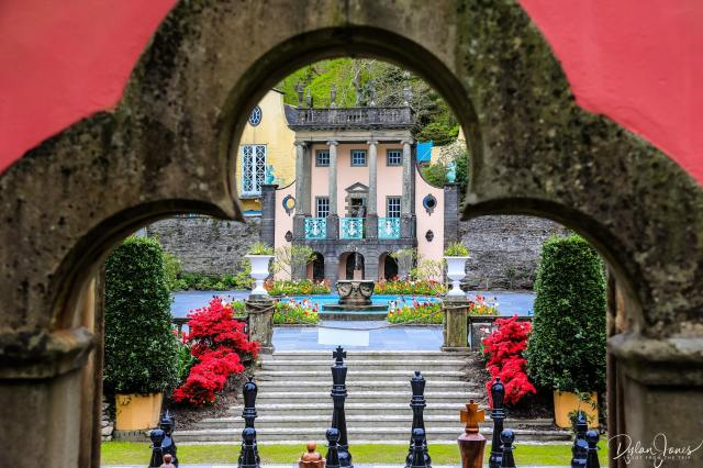 A perfectly framed shot of the piazza at Portmeirion Village